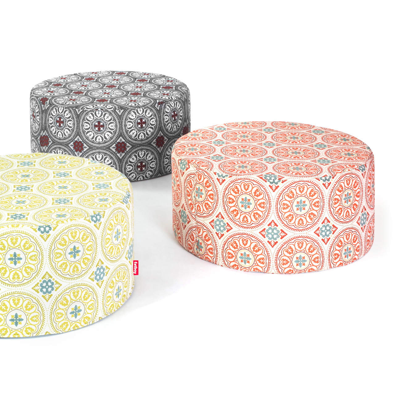 Pfffh A Large Round Pouf Suitable For Indoor And Outdoor Use Fatboy
